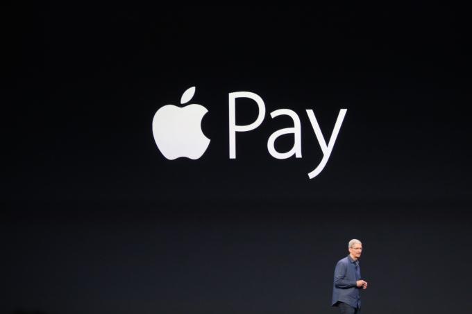 Apple активно продвигает свою платежную систему