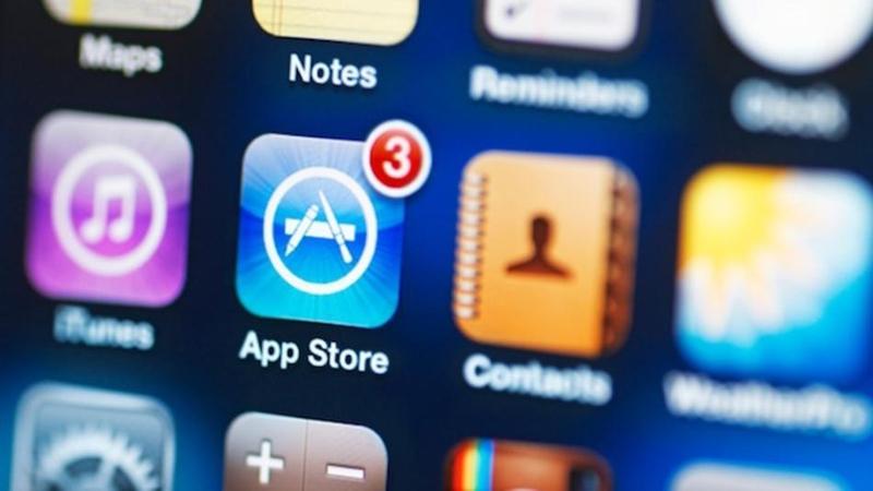 Какие приложения чаще всего скачивали владельцы гаджетов iPad и iPhone в 2014 году