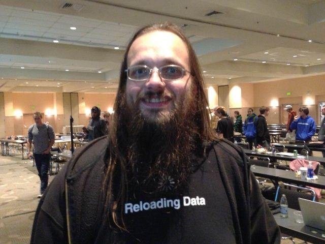 Создатель Cydia прокомментировал действия Comex по созданию альтернативного варианта ресурса