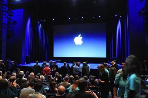 В  этом году мы увидим две модели iPhone