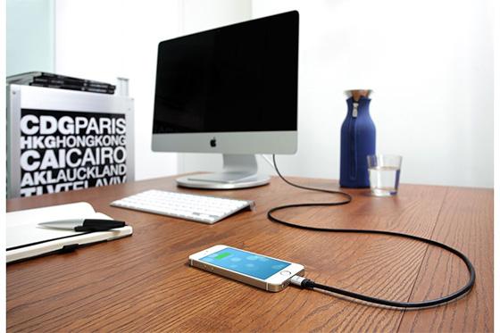 Поможем iPhone зарядиться энергией при помощи зубочистки