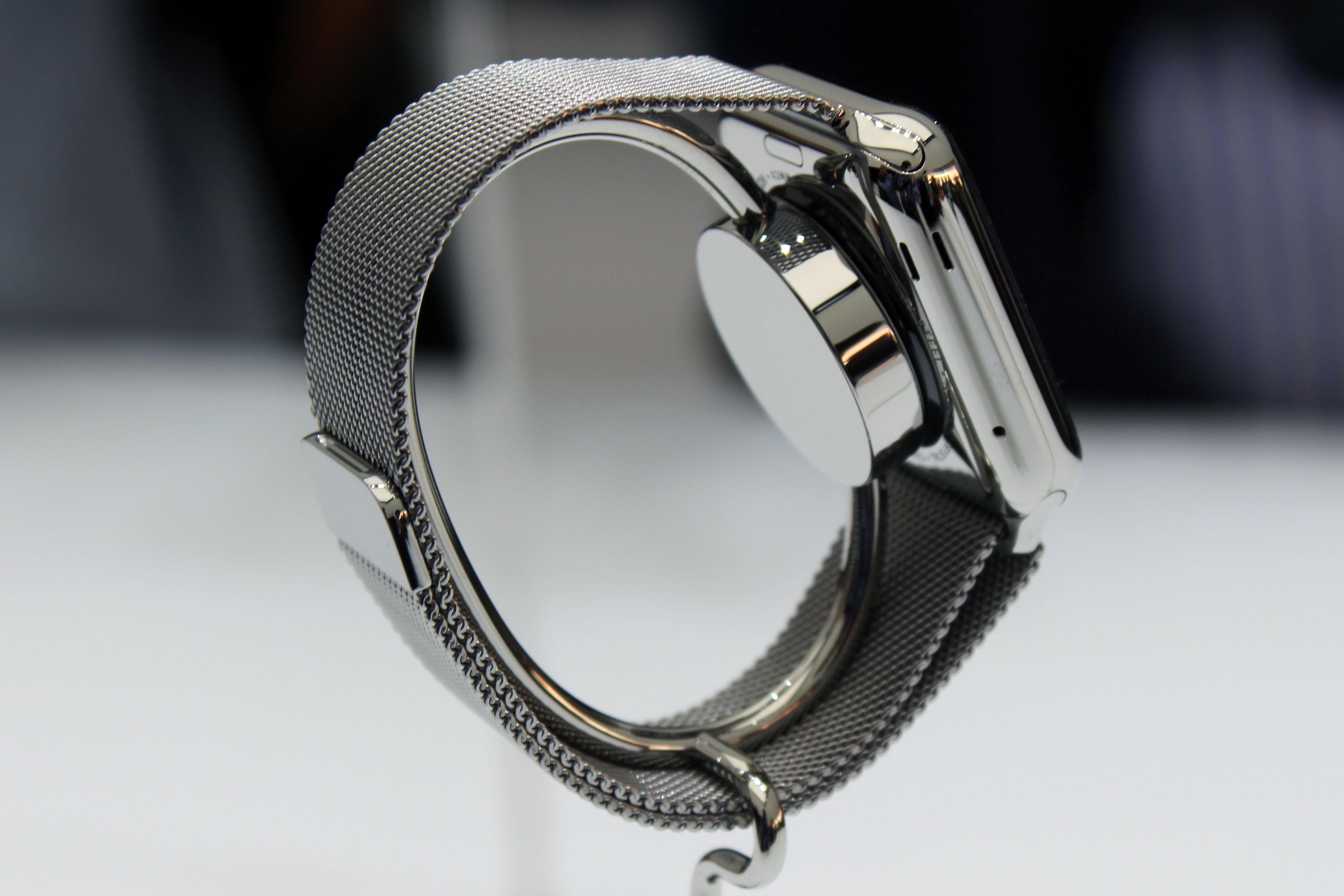 Сменный аккумулятор в Apple Watch