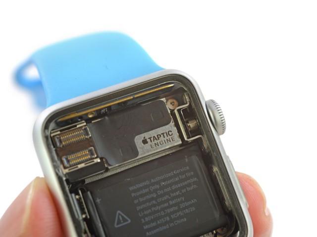 В Apple Watch используются комплектующие стоимостью чуть более 80 долларов