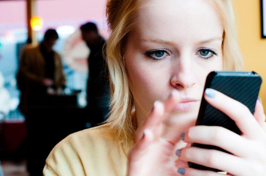 iPhone может стать причиной развода и психических заболеваний
