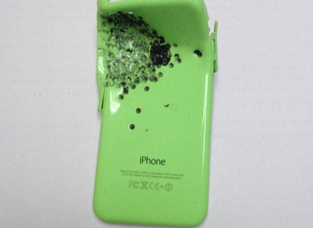 iPhone сохранил жизнь своему владельцу