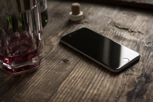 Будущие iPhone получат OLED-дисплеи