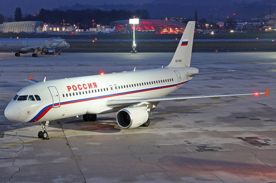 iPad российского пилота приглянулся не чистому на руки швейцарцу